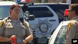 지난 2015년 미국 네바다주 라스베가스의 범죄 현장에 경찰들이 모여있다. 사진 출처=KTNV