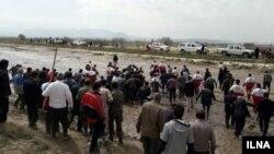 اعتراض مردم پلدختر در مواجهه با نماینده و استاندار لرستان