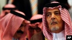 سعود الفیصل د ۱۹۷۵ کال راهیسې د سعودي عربستان د بهرنیو چارو وزیر و.