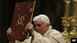 Pope Benedict celebrates the Christmas Eve Mass in St. Peter's Basilica at the Vatican Dec. 24, 2012