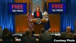 国务院发言人莎琪介绍让媒体获得自由活动(国务院官方网页)