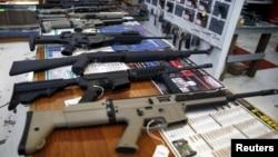 미국 오레건 주 로즈버그 시의 총기 거래 상점. (자료사진)