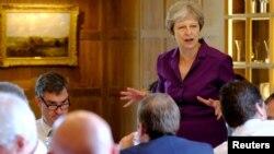 Theresa May, britanska premijerka, 6. juli 2018.