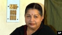 Jayaram Jayalalithaa, Menteri Utama negarabagian Tamil Nadu, mengatakan dalam sebuah pernyataan hari Kamis bahwa penyelenggaraan kejuaraan tanggal 3-7 Juli di ibukota Chennai itu akan membuat marah penduduk di negara bagian setempat karena tuduhan dugaan kekejaman terhadap etnis Tamil yang minoritas selama perang saudara di Sri Lanka (foto: Dok).