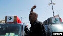 反政府示威者衝入綠區內