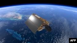 Gambar selebaran ini diambil 17 Juli 2020, dan dirilis oleh Badan Antariksa Eropa (ESA) 19 November 2020, menunjukkan satelit Sentinel-6, yang didedikasikan untuk mengukur permukaan laut sebagai bagian dari Pengamatan Bumi Copernicus Uni Eropa. SPACE AGENCY / AFP)