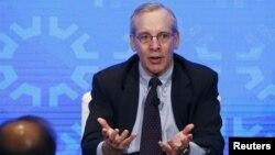미국 경제 현안에 대해 의견을 밝히고 있는 윌리엄 더들리 뉴욕 연방준비은행 총재. (자료사진)