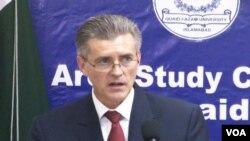 سفیر رچرڈ اولسن