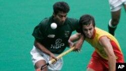 چیمپیئنز ٹرافی: پاکستان کی اسپین کے ہاتھوں بھی شکست