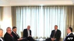 Prezident Əliyev ATƏT-in Minsk qrupunun həmsədrlərilə müzakirə aparıb