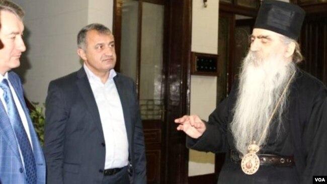 გელა ვალიევი და ანატოლი ბიბილოვი სერბეთის ნოვი სადის მონასტერში