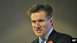 Britain's Secret Intelligence Service chief John Sawers addresses a gathering of academics, officials and editors in London, 28 Oct 2010