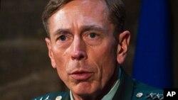 Direktur Badan Intelijen AS (CIA) David Petraeus (foto:dok).