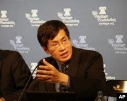 新台湾国策智库执行长罗致政