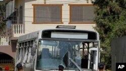 করাচীতে বোমা বিস্ফোরণে চার ব্যক্তি নিহত