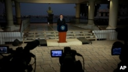 پاناما کے صدر ٹیلی وژن پر قوم سے خطاب کر رہے ہیں۔