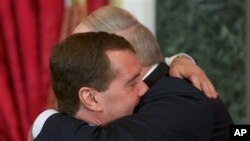 Дмитрий Медведев и Александр Лукашенко. Архивное фото.