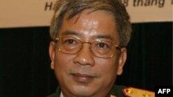 Thứ trưởng Quốc phòng Nguyễn Chí Vịnh kêu gọi Nhật tăng cường hơn nữa hợp tác đào tạo- trao đổi kinh nghiệm trong lĩnh vực quốc phòng với Việt Nam, đặc biệt trên thực địa