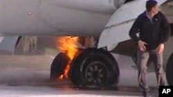 Пожар в стойке шасси самолета Boeing 737 авиакомпании UTair.