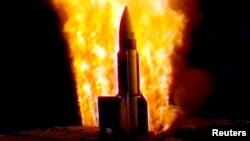 Запуск ракеты Standard Missile-3 (SM-3)