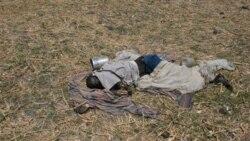 جسد یک غیر نظامی در جریان کشتار غیرنظامیان در جنوب سودان. ۸ مه ۲۰۱۱