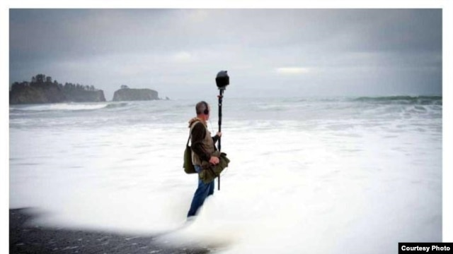 Gordon Hempton at Rialto Beach, Olympic National Park. (Copyright 2013 Christopher Malarca Photography)