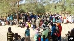 Ribuan warga mengungsi di Sudan selatan akibat konflik yang berkepanjangan (foto: dok).