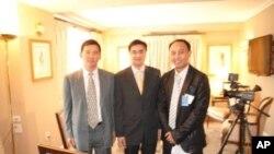 ชมวีดีโอ และฟังนายกรัฐมนตรีอภิสิทธิ์ เวชชาชีวะให้สัมภาษณ์พิเศษกับวีโอเอภาคภาษาไทยที่นครนิวยอร์ค ตอนที่ 1