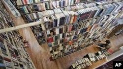 ร้านหนังสือเก่าแก่ในมหานครนิวยอร์คอยู่รอดได้ในยุคหนังสือดิจิตอล