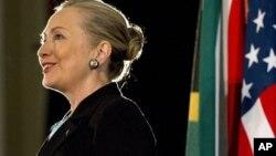 克林顿国务卿周三在西开普省大学发表讲话
