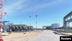 俄羅斯西伯利亞北部一家生產液化石油氣(LPG)的工廠。 (美國之音白樺拍攝)