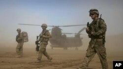 ۵۳ امریکایان غواړي چې ولسمشر اوباما دې د ۲۰۱۴ کال د مهال وېش نه مخکې د افغانستان نه ځواکونه راوباسي