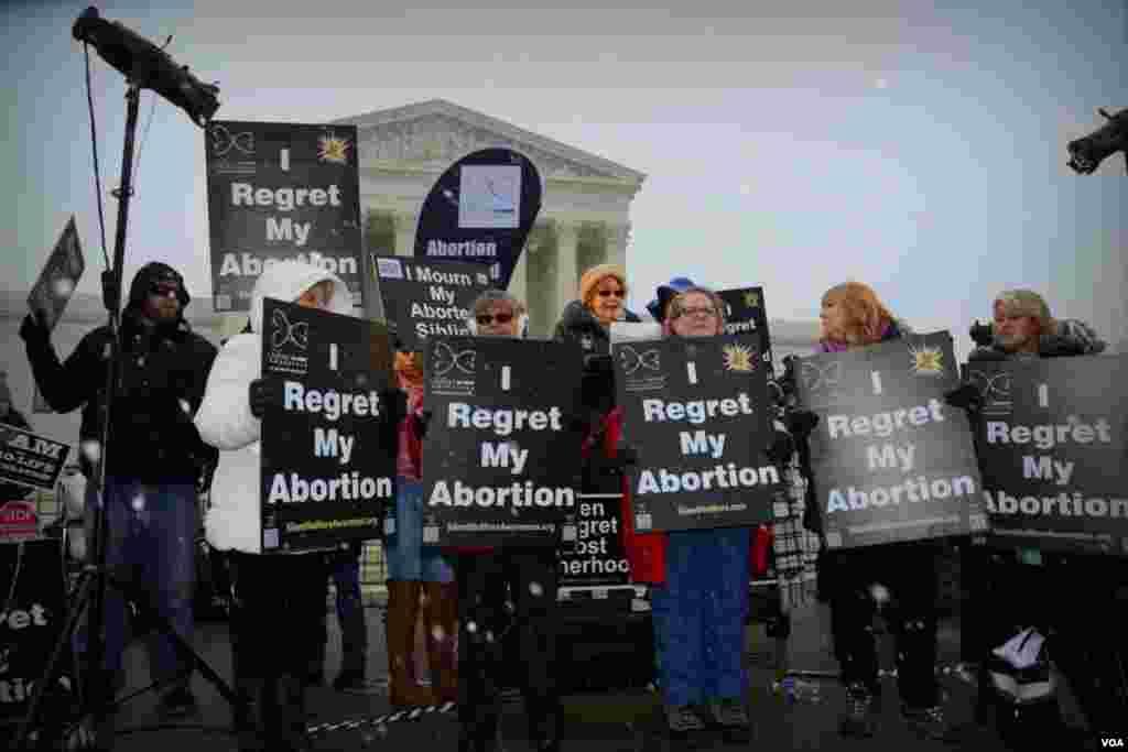 """Сторонники """"за право на аборт"""""""