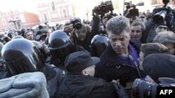 Задержание Бориса Немцова, 31 марта 2011г.