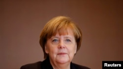 German Chancellor Angela Merkel attends the weekly cabinet meeting at the Chancellery in Berlin, Germany, Dec. 1, 2015.