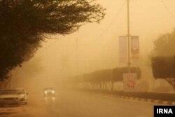 گرد و غبار و توفان در سیستان در شرق ایران