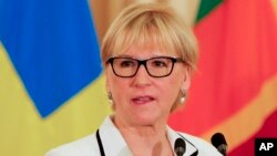 Ngoại trưởng Thụy Điển Margot Wallstrom cho biết con tin Gustafsson được al-Qaida thả ra trong tình trạng khỏe mạnh.
