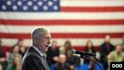 馬蒂斯2018年2月15日視察美軍歐洲司令部(美國國防部)