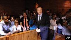 22일 남아프리카공화국 프레토리아 법정에서 열린 보석심리에 참석한 피스토리우스.