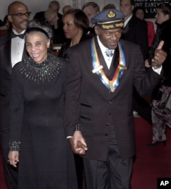 Chuck Berry e sua esposa Themetta Suggs, no Kennedy Center, ano 2000
