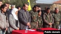 Kobani'de açıklama yapan PYD yetkilileri