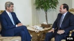 سفر جان کری به شرق میانه برای بحث روی بحران عراق