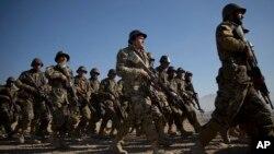 د پنجشبنې په ورځ په کابل کې د یوې غونډې پر مهال د افغان ځواکونو د کارنامو ستاینه وشوه