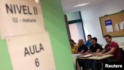 Estudiantes de todo el mundo buscan aprender inglés para aumentar sus posibilidades profesionales.