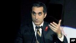 이집트 검찰이 이슬람교와 무함마드 무르시 대통령을 모독했다는 이유로 체포령을 내린 코미디언 바셈 유세프.