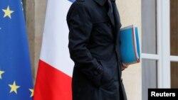 فرانس کی 17 سابق وزرا نے کہا ہے کہ وہ فرانسیسی سیاست میں جنسی ہراسانی کے خلاف خاموش نہیں رہیں گی۔ فائل فوٹو