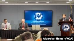 (Soldan sağa) Aaron Zelin, James Jeffrey ve Washington Enstitüsü'nün başkanı Robert Satloff