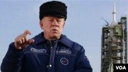 Pimpinan Roscosmos, atau Badan Antariksa Rusia, Anatoly Perminov.