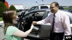 Машина напрокат у незнакомца: «за» и «против»