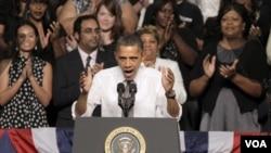 Barack Obama también asistió a un acto de recaudación de fondos para la campaña demócrata.